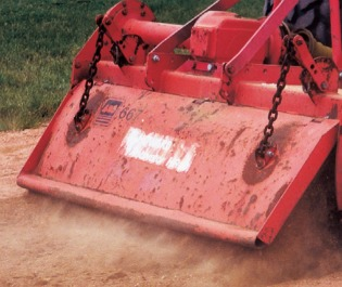Red Infield Conditioner Field Equipment
