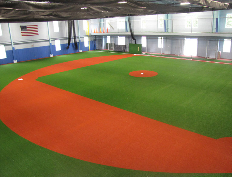 Artificial Turf For Indoor Sports Facilities On Deck
